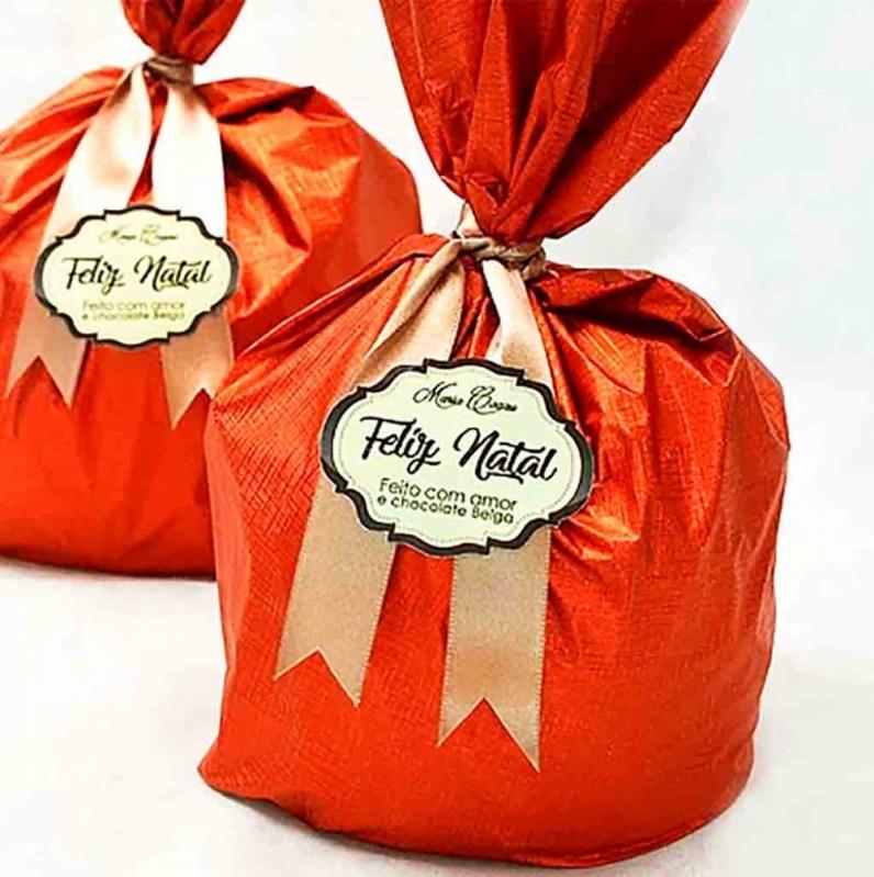 Panetone Trufado de Chocolate Vila Medeiros - Panetone Trufado Bauducco
